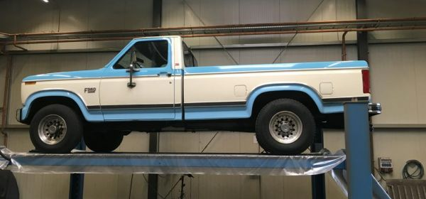 1 Ford F350 Anlieferung